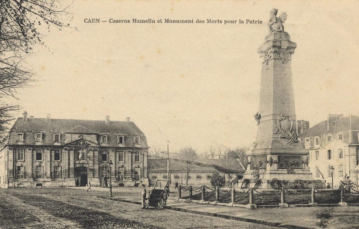Caserne Hamelin et monument des Morts pour la patrie