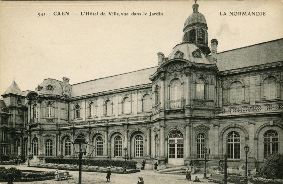 Ancien Hôtel de ville. Nouvelle aile construite en 1858-1859