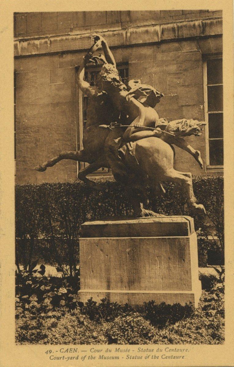 Centaure et Bacchante