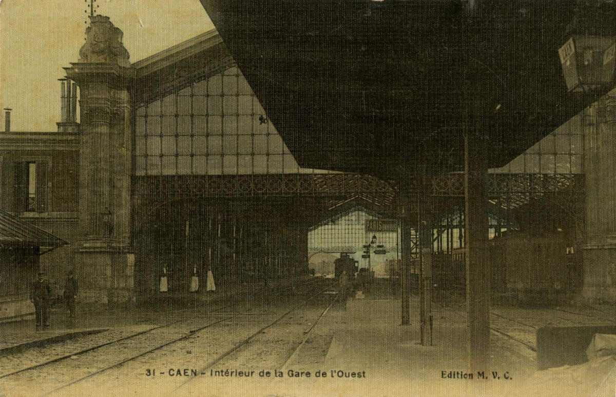 Ancienne gare de l'Ouest, les grandes halles (Collection Pigache)